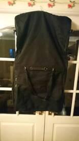 Heavy duty dress/suit carrier