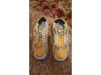 Aero bowls shoes