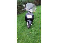 Directbikes DB50QT-E 50cc retro scooter