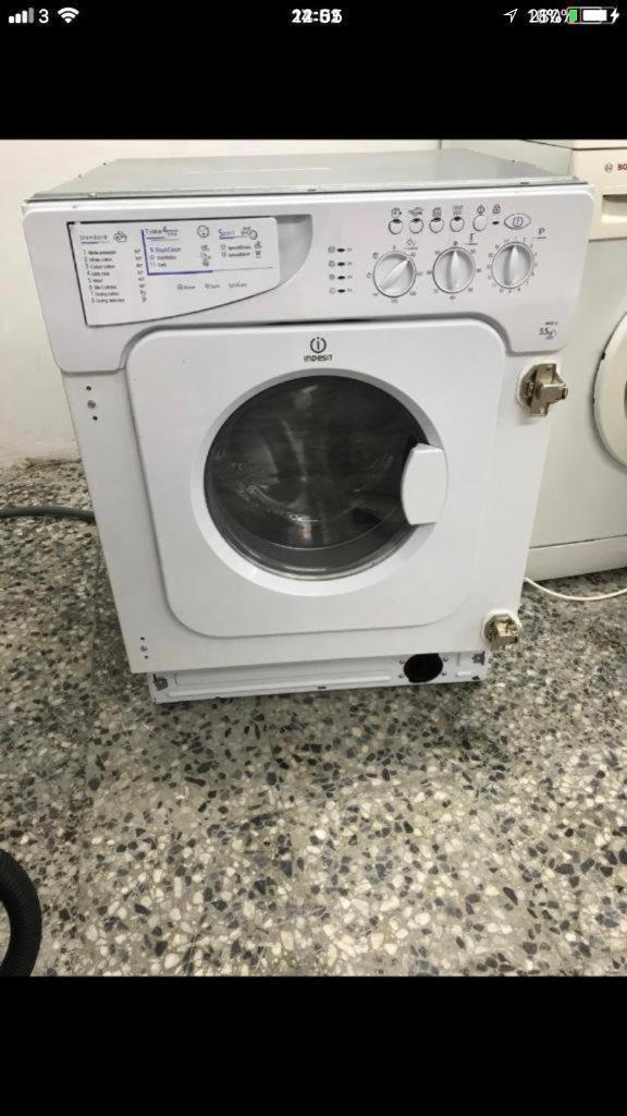 Indesit washen dryer