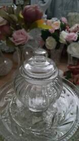 Set of 7 small glass jars with lids