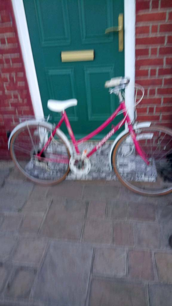 Ladies or girls racing bike 5 gear 1979 excellent condition original gwo very good ride
