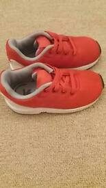 kids adidas trainers uk size 6