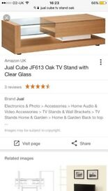 Oak TV stand in perfect condition