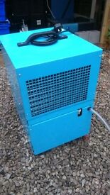 VERY HEAVY DUTY INDUSTRIAL DEHUMIDIFIERS/BUILDING DRYERS LOTS OF MACHINES PHONE ME