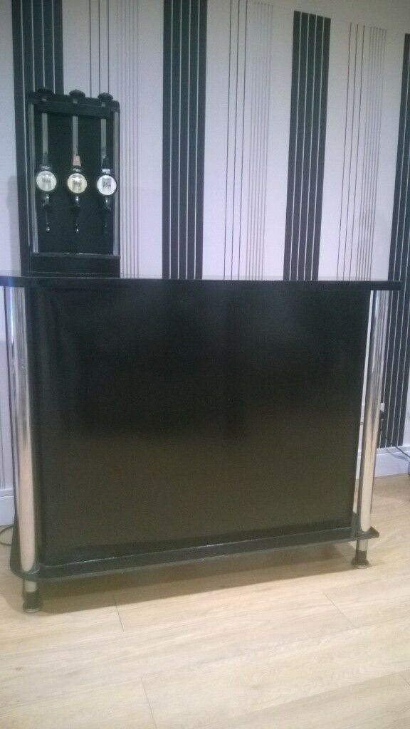 home drinks bar, black and chrome, glass and bottle storage, retractable optics, glasses not include