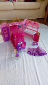 Barbie bedroom carry case