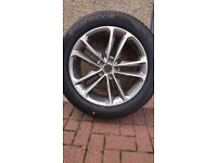 "Brand new Hyundai 19"" alloy wheel and hancook tyre (235/55r/19h"