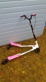 Girl 3 wheeled scooter - hardly used - £20 - bought for around £50