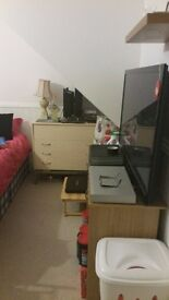 Spacious double room for rent in Eastbourne next to big Tesco's Lotteridge Drive