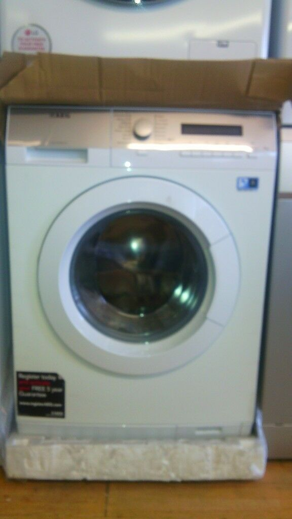 AEG 8KG WASHING MACHINE new ex display