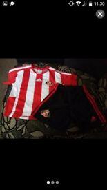 Sunderland a.f.c size 3-4 years boy