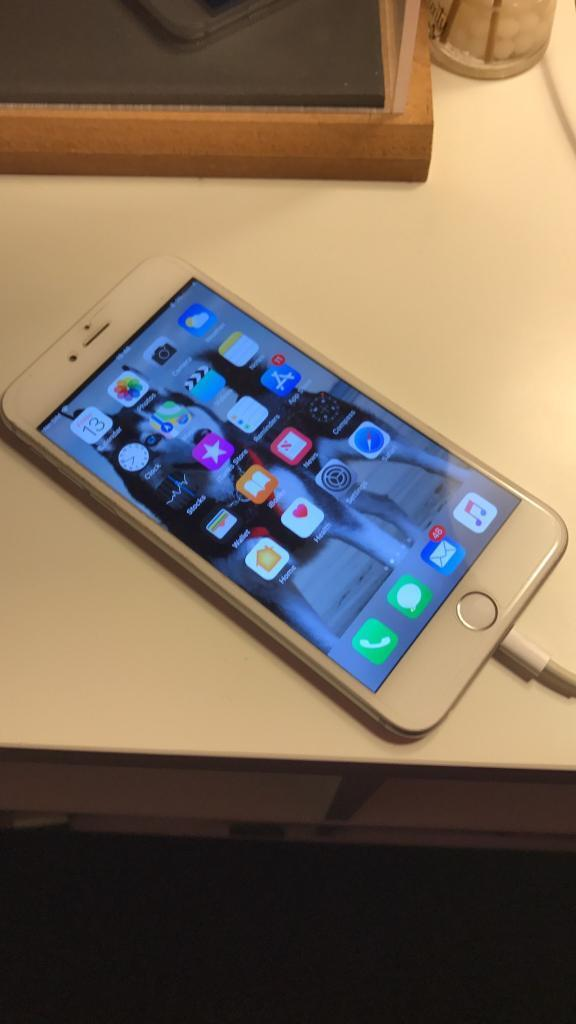 iPhone 6 Plus (mint condition not a mark on it)