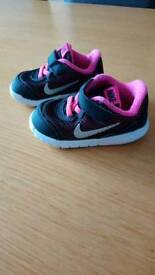 REDUCED! Nike infant girl trainers size 4.5
