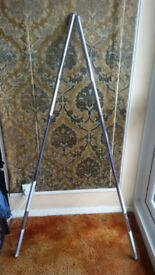 2 x 5ft weights bars for sale