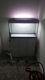 Large Fluval Aqurium with UV Light, Cabinet, Tank Heater, Tank Cleaner & External 206 Fluval Filter