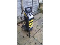 very nice pressure washer in condination ready to work