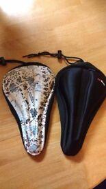 Comfy gel saddle covers