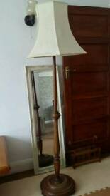 Antique stand light