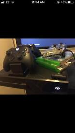 Xbox one 3 pads / fifa 18 Black ops 3 gta etc