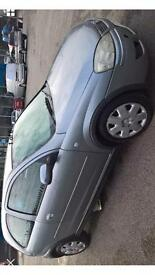 Breaking 3dr Vauxhall Corsa 1.2 16v star silver 2
