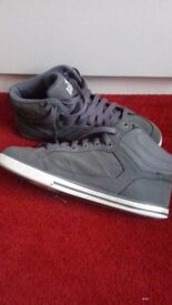 Grey Lonsdale Trainers size 4