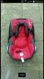 maxi cosy red and black car seat