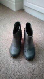 Womens El Naturalista Grey Boots Size UK 4 (European 37)