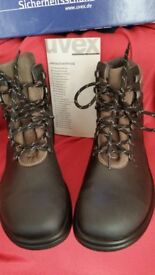 NEW STEEL TOECAP WORKING BOOTS STILL BOXED Size 9 (43)