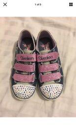Girls Skechers twinkle toes 10.5