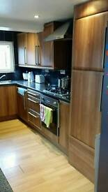 Huge double room to share £450 inclusive