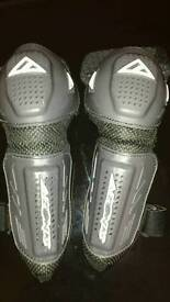 Elbow pads for mountain bike/bmx