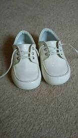 Cream baby patented shoes size 4