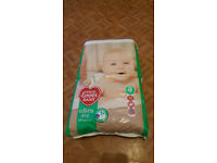 Ultra Dry 56 Nappies Size 3 (4-9kg)
