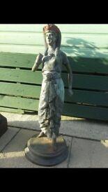 bronze antiqe egiptian lady