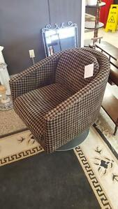 Buy Or Sell Chairs Amp Recliners In Winnipeg Furniture