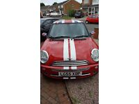 Immaculate Mini One for sale starts drives handles perfectly. MOT until June 2017. A lovely car