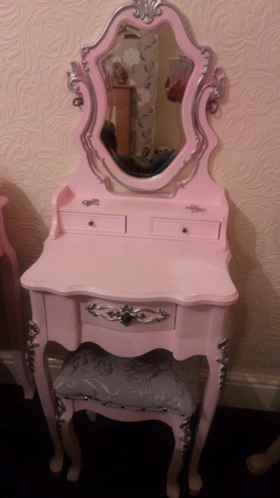 S Dressing Table Age 4 7