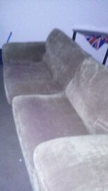 Brown cord 3seater in great cond