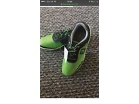 Kids brand new golf shoes