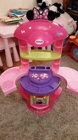 Kids Minnie mouse toy kitchen