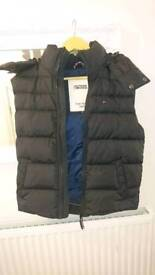 Tommy hilfiger body warmer