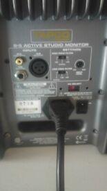 Tapco S.5 active studio monitors ( please read full description)