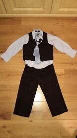 Boys special occasion outfit size 2-3 years