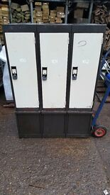 Lockers £10 each some have the keys some don't very very clean over 10 available