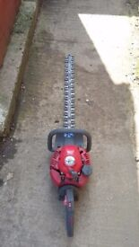 Petrol hedge trimmer efco