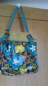Fossel, blue and yellow tote bag. with key. clean and bright