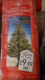Christmas tree 5ft