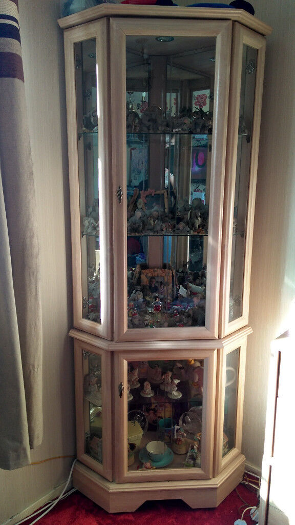 Limed Oak Corner Display Unit - Wallisdown