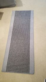 Gray and black rug for sale